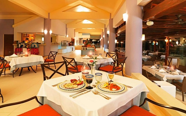 Hotel Iberostar Cancún, Restaurante El Maguey