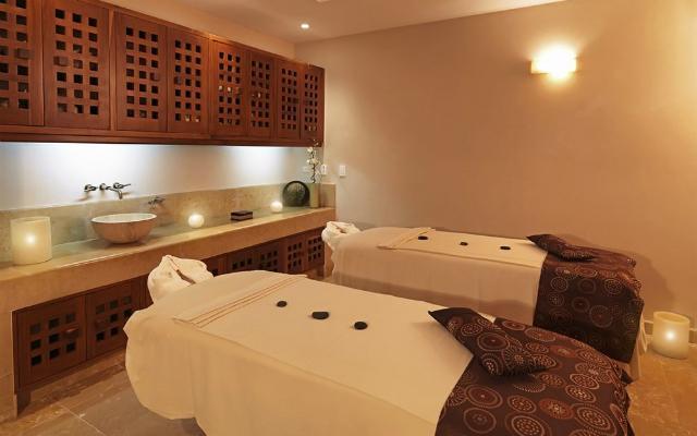 Hotel Iberostar Cancún, permite que te consientan con un masaje