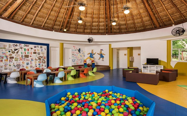Hotel Iberostar Paraíso Beach, Club de niños