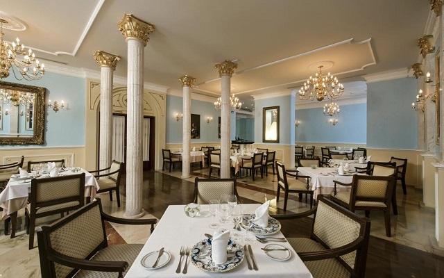 Hotel Iberostar Paraíso Beach, escenario ideal para tus alimentos