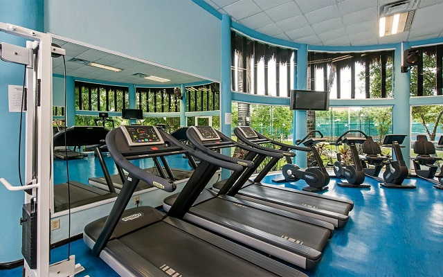Hotel Iberostar Paraíso Beach, gimnasio bien equipado