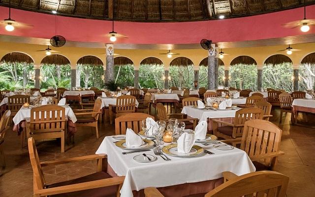 Hotel Iberostar Paraíso Beach, Restaurante La Hacienda