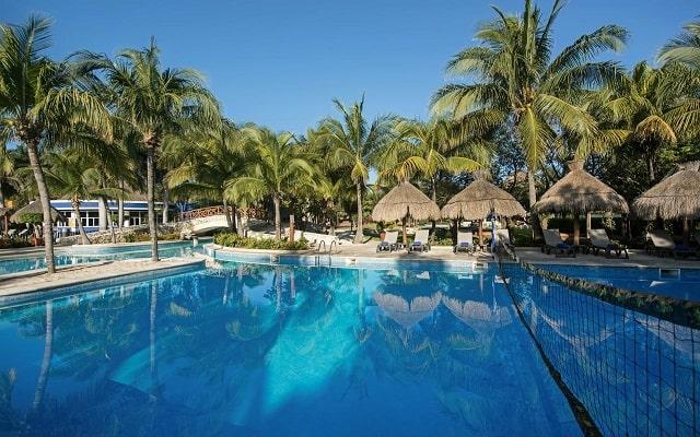 Hotel Iberostar Paraíso Del Mar, disfruta de su alberca al aire libre