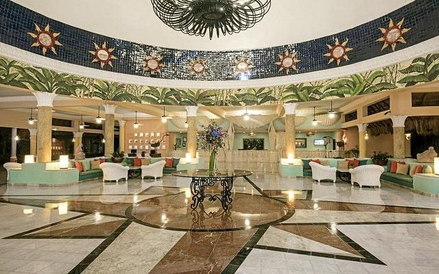 Hotel Iberostar Paraíso Del Mar, atención personalizada desde el inicio de tu estancia