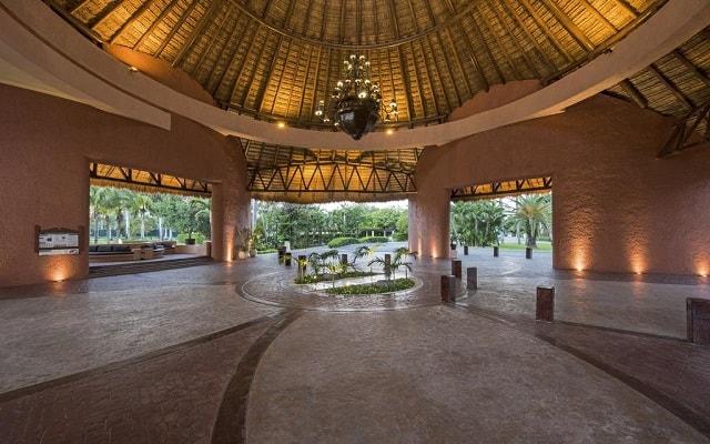 Hotel Iberostar Paraíso Lindo, atención personalizada desde el inicio de tu estancia