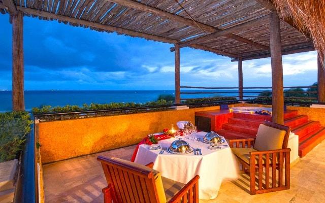 Hotel Iberostar Quetzal, disfruta una cena con vistas hermosas