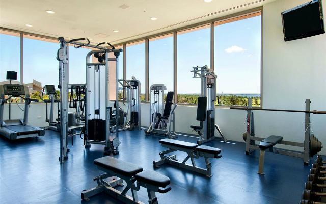 Hotel Iberostar Selection Cancún, gimnasio bien equipado