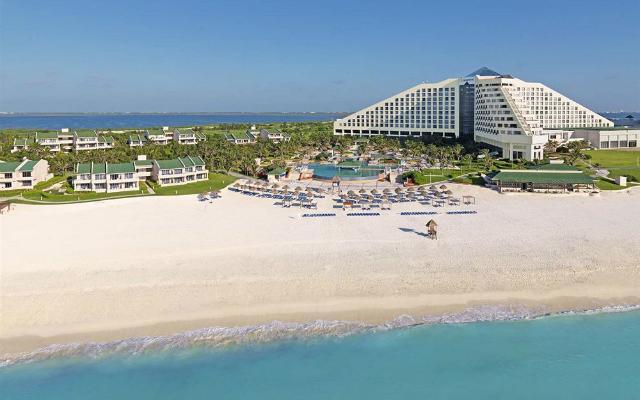 Hotel Iberostar Selection Cancún, buena ubicación en la zona hotelera de Cancún
