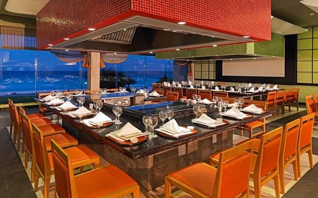 Hotel Iberostar Selection Cancún, Restaurante Naga Hibachi
