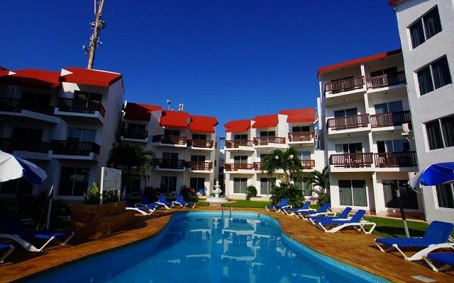 Hotel Imperial Las Perlas, disfruta de su alberca al aire libre