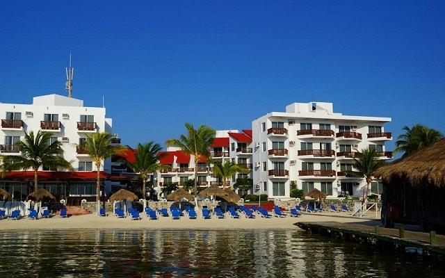 Hotel Imperial Las Perlas, disfruta del mar