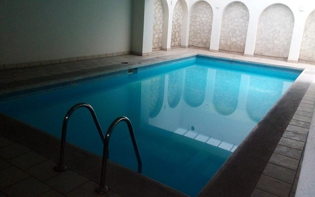 Hotel Imperial Veracruz, relájate en su alberca