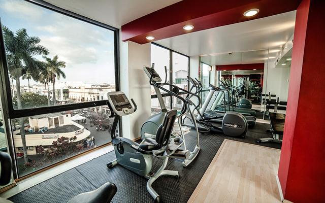 Hotel Inglaterra, gimnasio bien equipado