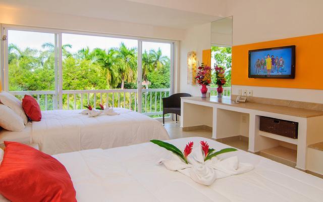 Hotel Ixzi Plus, habitaciones bien equipadas