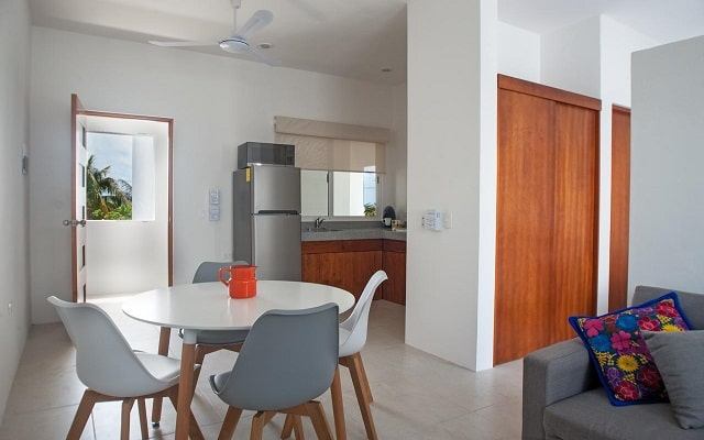 Hotel Kaam Accommodations, habitaciones bien  equipadas