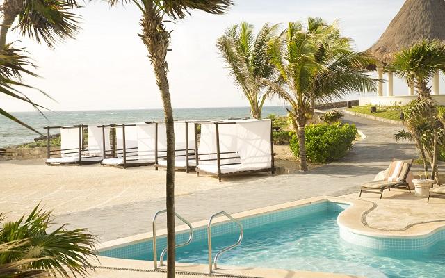 Hotel Kore Tulum Retreat and Spa Resort, camas balinesas