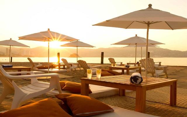 Hotel Krystal Beach Acapulco, descansa en ambientes fascinantes