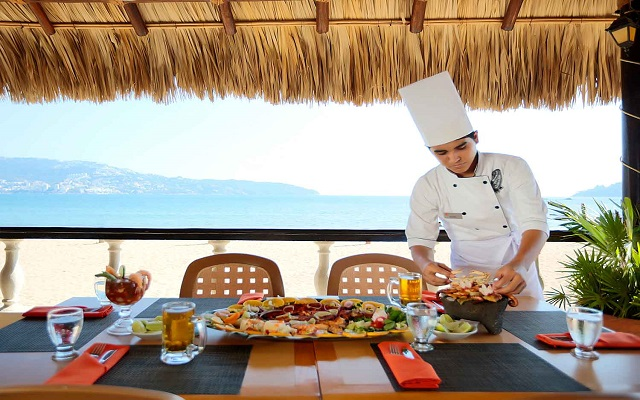 Hotel Krystal Beach Acapulco, Restaurante La Palapa