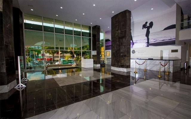 Hotel Krystal Beach Acapulco, atención personalizada desde el inicio de tu estancia