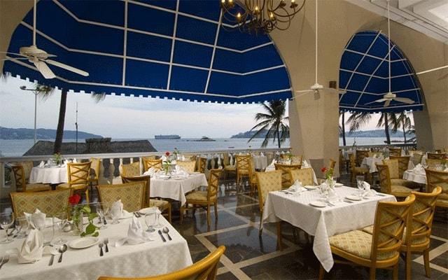 Hotel Krystal Beach Acapulco, Restaurante Aquamarina