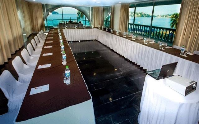 Hotel Krystal Beach Acapulco, salón de eventos