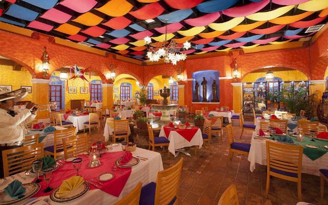 Hotel Krystal Cancún en sus restaurantes podrás encontrar platillos mexicanos e internacionales