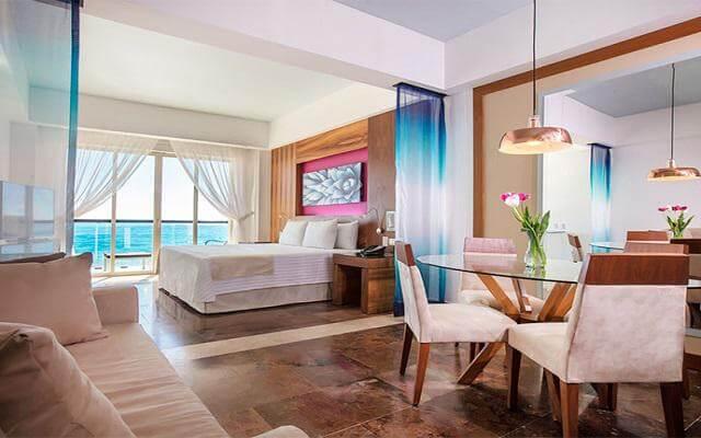 Hotel Krystal Grand Los Cabos All Inclusive, algunas habitaciones cuentan con una hermosa vista al mar