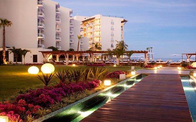 Hotel Krystal Grand Los Cabos All Inclusive, pasea por sus instalaciones