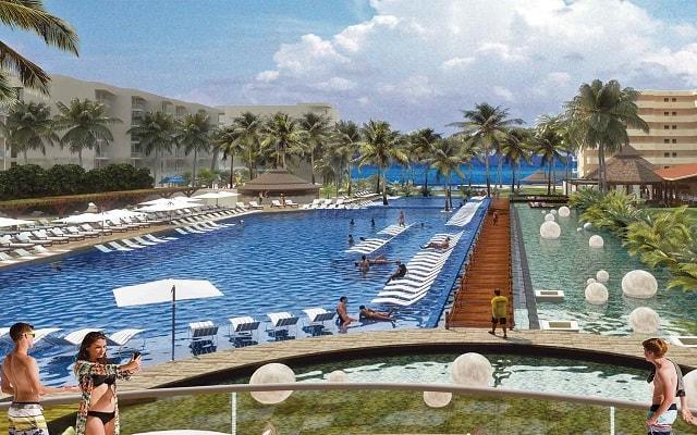 Hotel Krystal Grand Nuevo Vallarta, disfruta de su alberca con vistas increíbles
