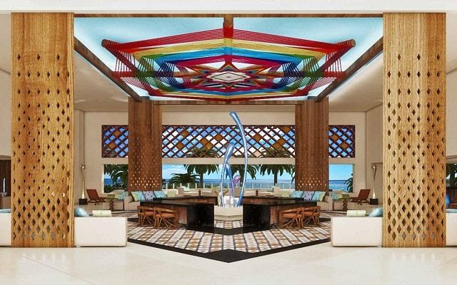 Hotel Krystal Grand Nuevo Vallarta, atención personalizada desde el inicio de tu estancia