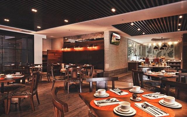 Hotel Krystal Grand Suites Insurgentes Sur, buena gastronomía