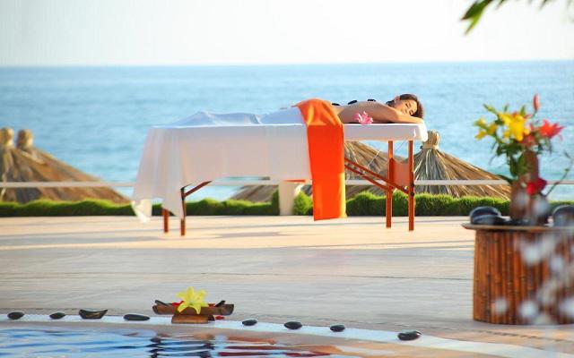 Hotel Krystal Ixtapa, consiéntete con un masaje