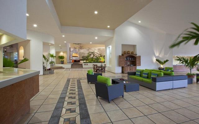 Hotel Krystal Ixtapa, atención personalizada desde el inicio de tu estancia