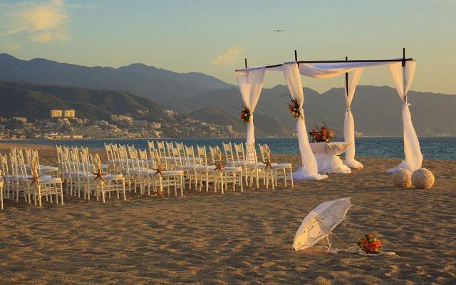 Hotel Krystal Puerto Vallarta Beach Resort, tu boda como la soñaste