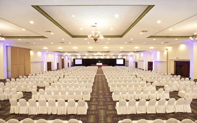 Hotel Krystal Puerto Vallarta Beach Resort, salones acondicionados para tu evento