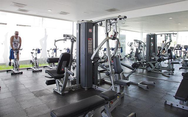 Hotel Krystal Puerto Vallarta Beach Resort, gimnasio para uso exclusivo