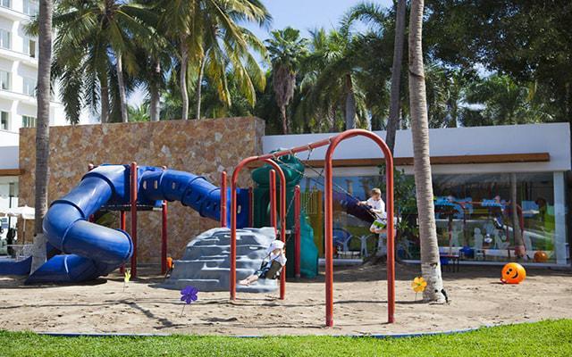 Hotel Krystal Puerto Vallarta Beach Resort, área de juegos infantiles