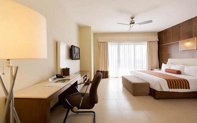 Hotel Krystal Urban Cancún Centro, habitaciones bien equipadas