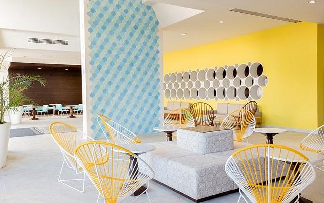 Hotel Krystal Urban Cancún Centro, buen servicio