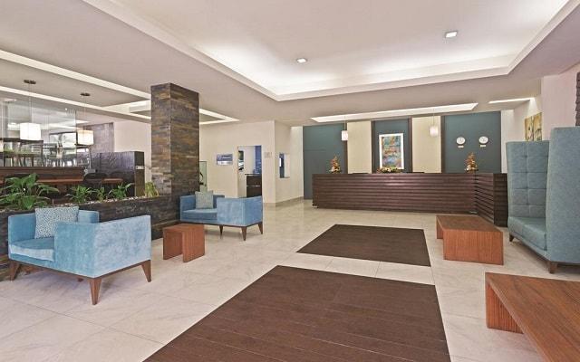 Hotel La Quinta by Wyndham Cancun, atención personalizada desde el inicio de tu estancia
