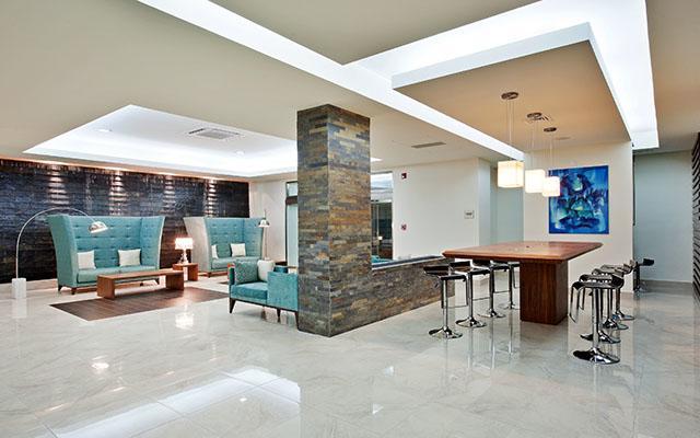 Hotel La Quinta by Wyndham Cancun, servicios de calidad