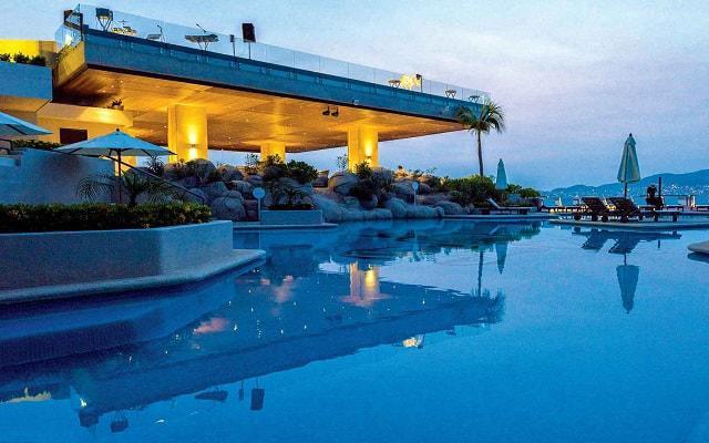 Hotel Las Brisas Acapulco, Club de playa