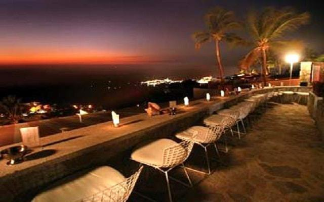 Hotel Las Brisas Acapulco, Sunset Bar