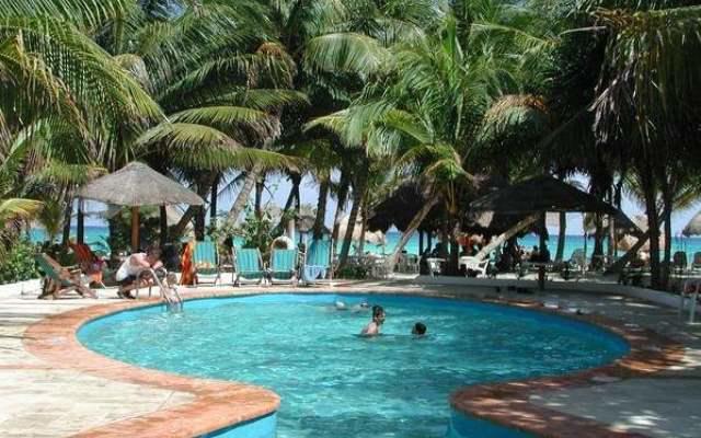 Alberca Hotel Las Palapas Playa del Carmen