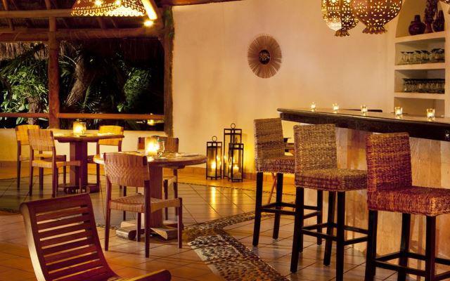Bar Hotel Las Palapas Playa del Carmen