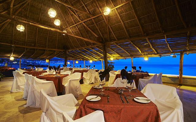 Las Palmas By The Sea All Inclusive, escenario ideal para tus alimentos