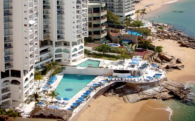 Hotel Las Torres Gemelas en Zona Dorada