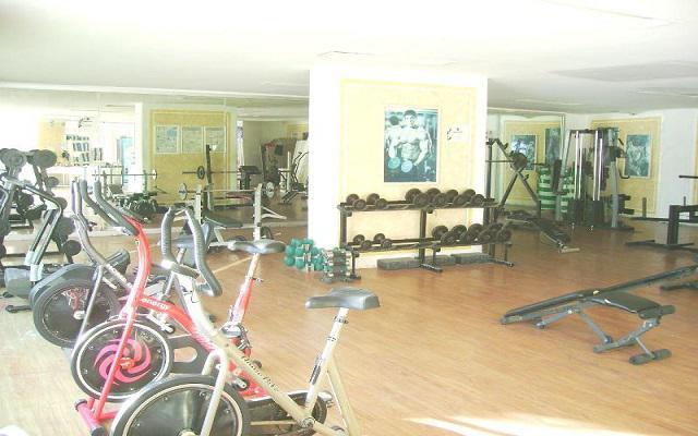 Hotel Las Torres Gemelas, gimnasio bien equipado