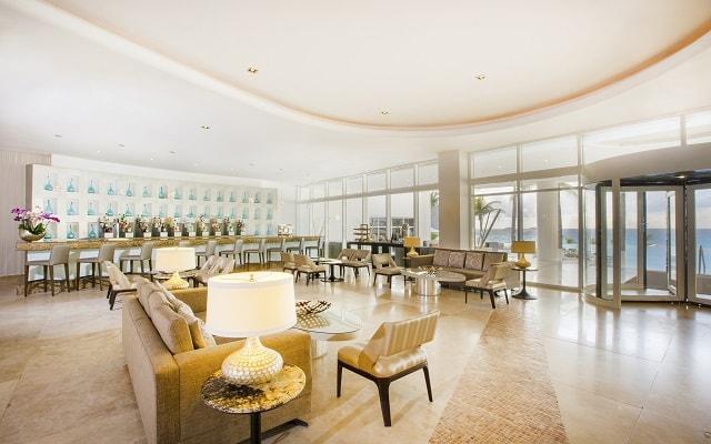 Hotel Le Blanc Spa Resort, atención personalizada desde el inicio de tu estancia