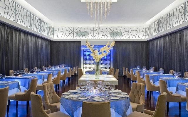 Hotel Le Blanc Spa Resort, variado menú para tus alimentos